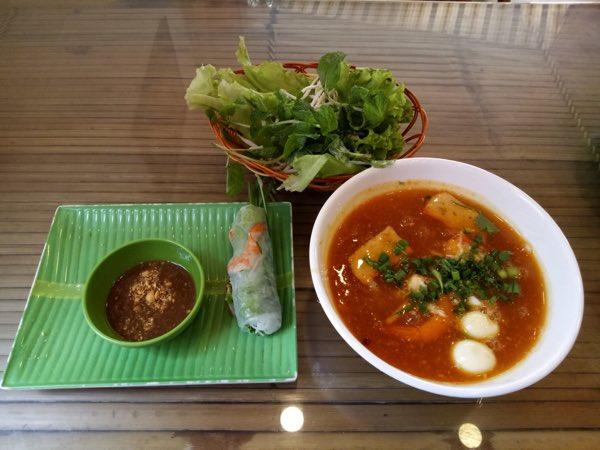 2B-Quang-Trung-Street-Banh-canh-ghe-03