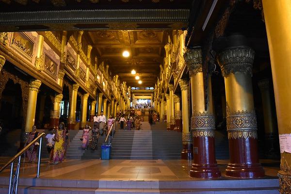 yangon_Shwedagon_Pagoda-02