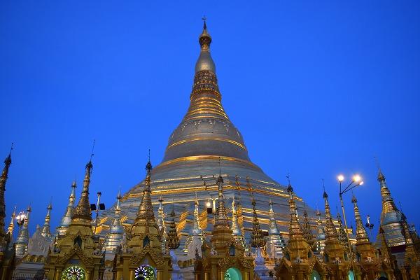 yangon_Shwedagon_Pagoda-04