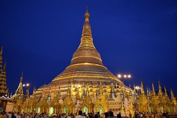 yangon_Shwedagon_Pagoda-05