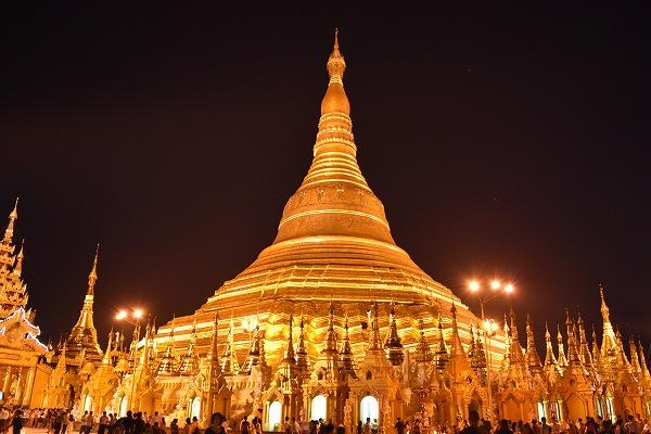 yangon_Shwedagon_Pagoda-06