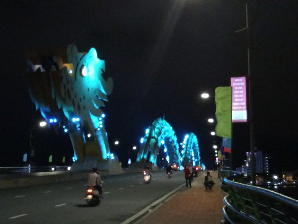 danang_doragon_bridge-01