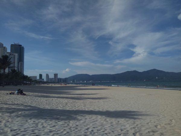 danang_my_khe_beach-02