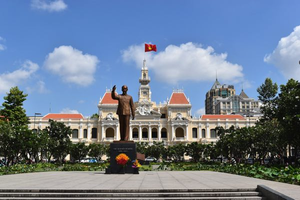 ho-chi-minh-city-hall-03