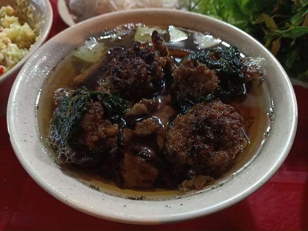 Hanoi-Bun-Cha-Dac-Kim-03