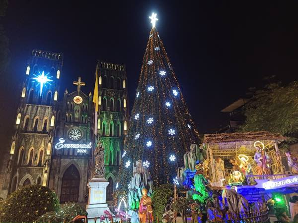 Hanoi-St-Josephs-Cathedral-2021