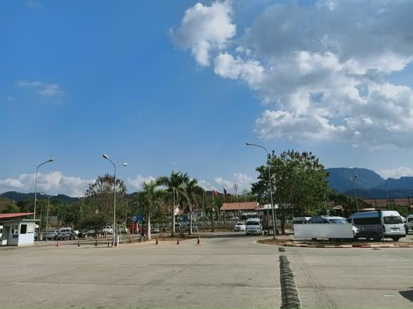 laos-luang-prabang-Dec-2019-10