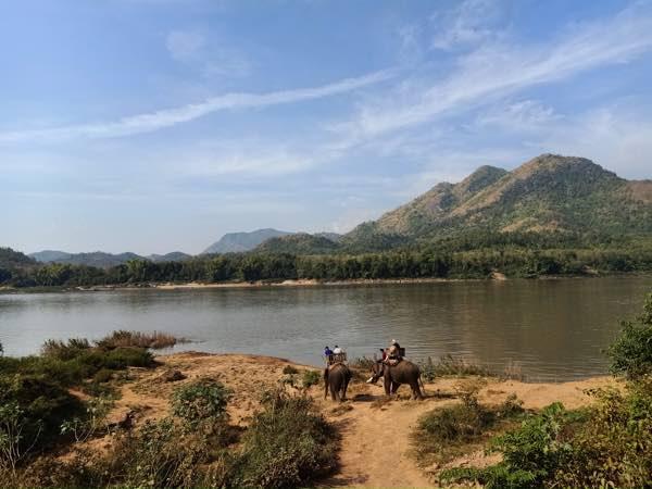 laos-luang-prabang-Dec-2019-120