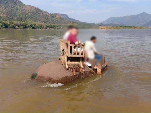 laos-luang-prabang-Dec-2019-126