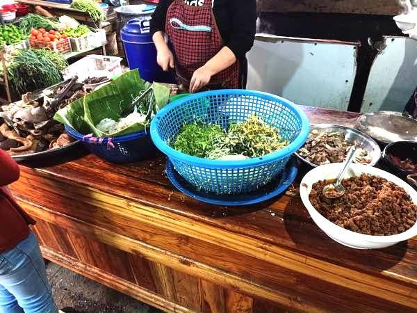 laos-luang-prabang-Dec-2019-287