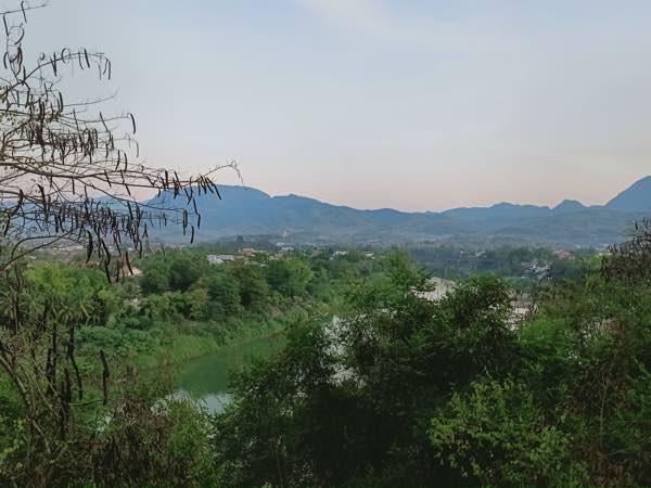 laos-luang-prabang-Dec-2019-51