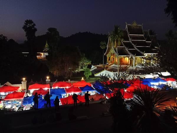 laos-luang-prabang-Dec-2019-76