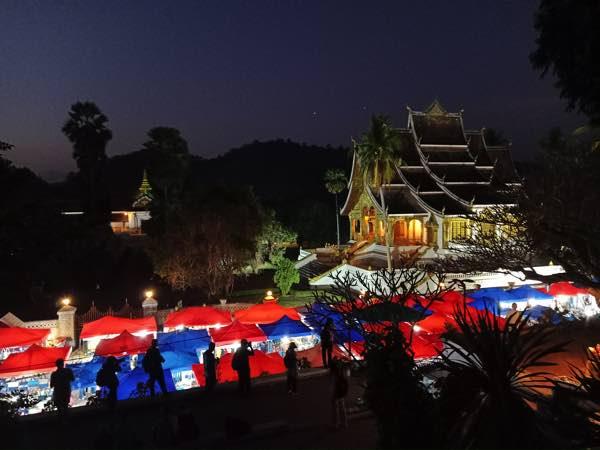 laos-luang-prabang-Dec-2019-79